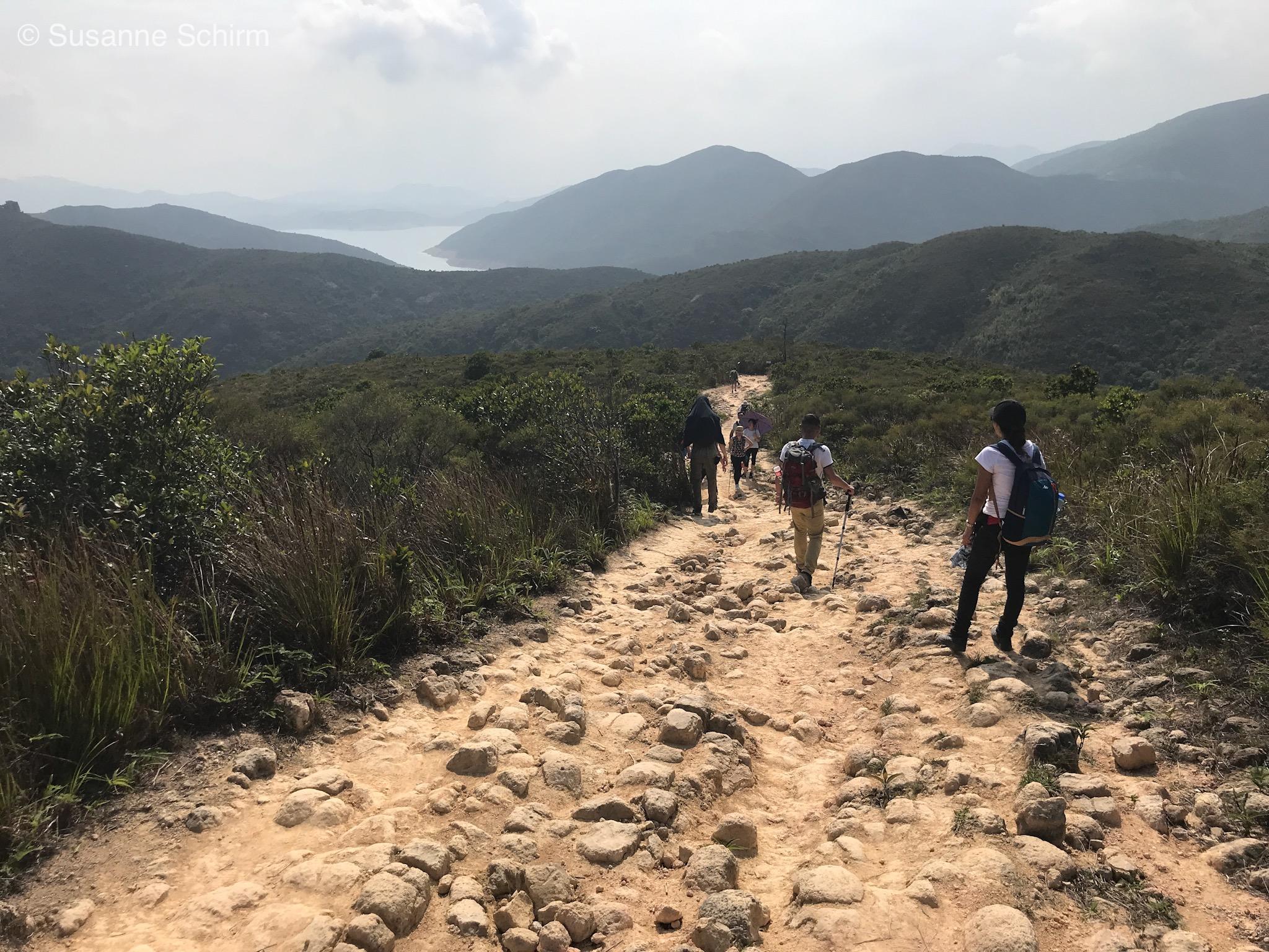 Bild von Wanderern auf dem MacLehose Trail