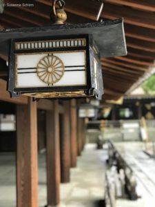 Laterne am Meiji-Schrein